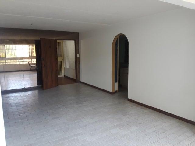 Apartamento Miranda>San Antonio de los Altos>Los Salias - Venta:40.000 Precio Referencial - codigo: 19-8692