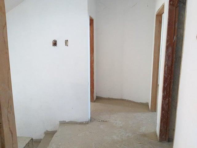 Townhouse Zulia>Cabimas>Ambrosio - Venta:10.500 Precio Referencial - codigo: 19-8733
