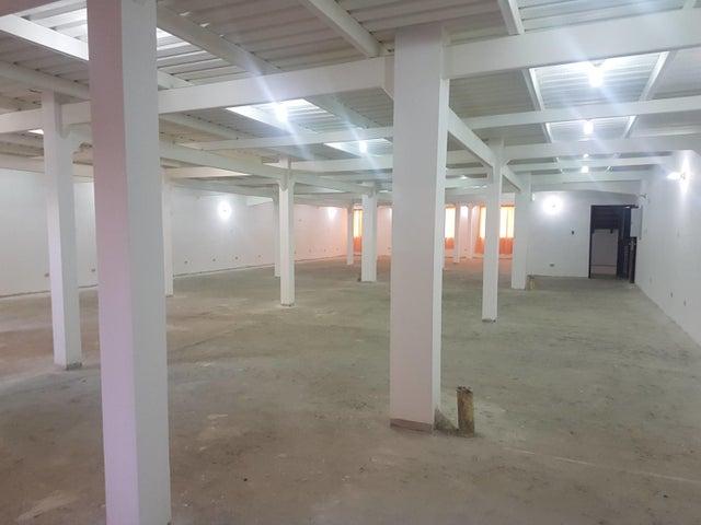 Edificio Merida>Merida>Milla - Venta:1.100.000 Precio Referencial - codigo: 19-8743