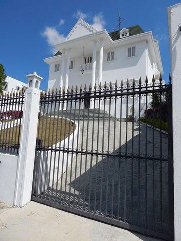 Casa Distrito Metropolitano>Caracas>Las Esmeraldas - Venta:850.000 Precio Referencial - codigo: 19-8763