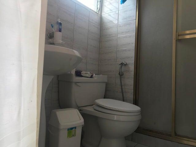 Apartamento Distrito Metropolitano>Caracas>Lomas del Avila - Venta:34.000 Precio Referencial - codigo: 19-8781