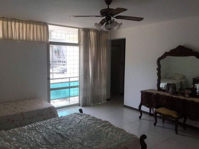Casa Distrito Metropolitano>Caracas>La California Norte - Venta:125.000 Precio Referencial - codigo: 19-8826