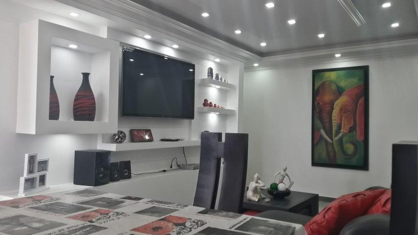 Apartamento Aragua>Maracay>San Jacinto - Venta:18.500 Precio Referencial - codigo: 19-8845