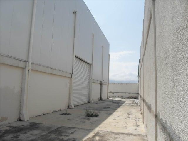 Galpon - Deposito Carabobo>Municipio San Diego>El Tulipan - Venta:380.000 Precio Referencial - codigo: 19-8868