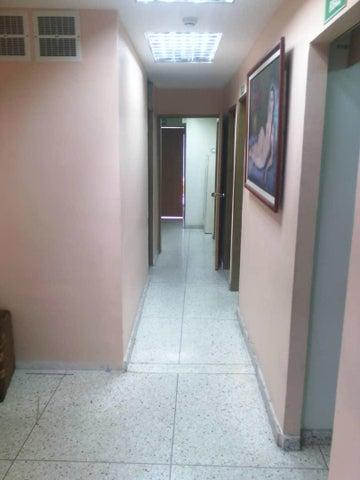 Edificio Lara>Barquisimeto>Parroquia Catedral - Alquiler:700 Precio Referencial - codigo: 19-8865