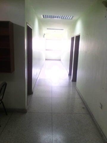 Local Comercial Lara>Barquisimeto>Parroquia Catedral - Alquiler:200 Precio Referencial - codigo: 19-8869