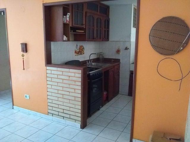 Apartamento Miranda>Guatire>La Rosa - Venta:6.300 Precio Referencial - codigo: 19-8907