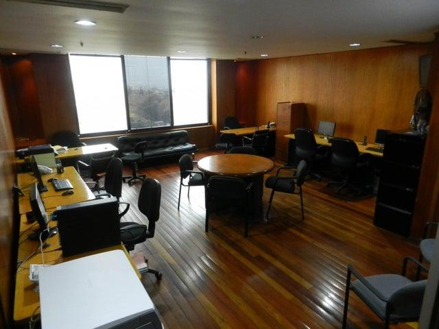 Oficina Distrito Metropolitano>Caracas>Prado Humboldt - Venta:50.000 Precio Referencial - codigo: 19-8879