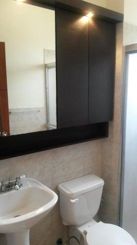 Apartamento Zulia>Maracaibo>Avenida El Milagro - Venta:35.000 Precio Referencial - codigo: 19-8902