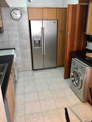 Apartamento Distrito Metropolitano>Caracas>Bello Monte - Venta:85.000 Precio Referencial - codigo: 19-8915