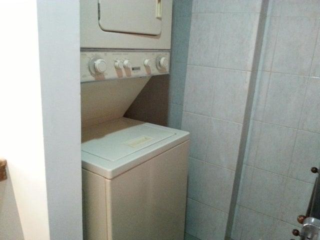 Apartamento Zulia>Maracaibo>Avenida Baralt - Alquiler:210 Precio Referencial - codigo: 19-8958