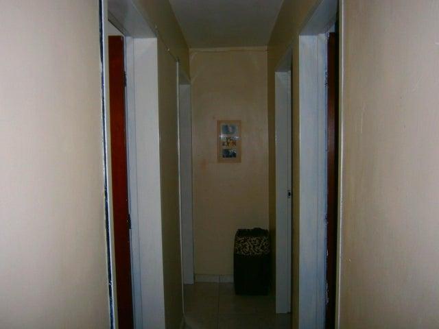 Apartamento Carabobo>Municipio Naguanagua>Palma Real - Venta:17.000 Precio Referencial - codigo: 19-8959