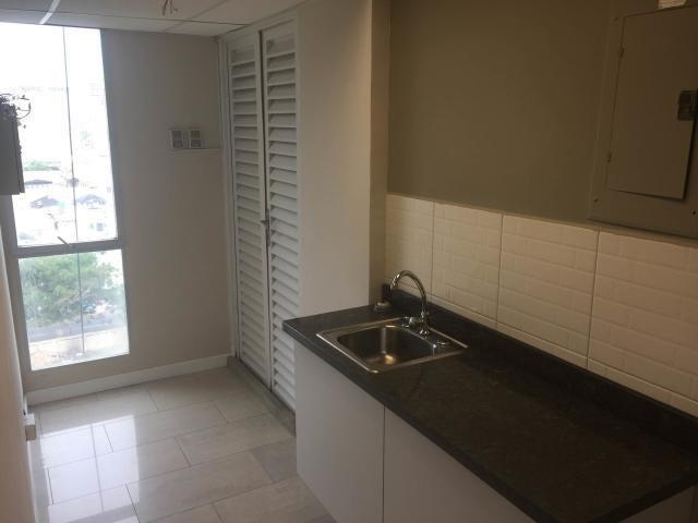 Local Comercial Zulia>Maracaibo>5 de Julio - Alquiler:900 Precio Referencial - codigo: 19-8957