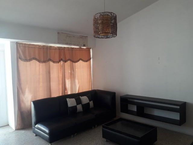 Casa Zulia>Maracaibo>Los Mangos - Venta:9.000 Precio Referencial - codigo: 19-8969