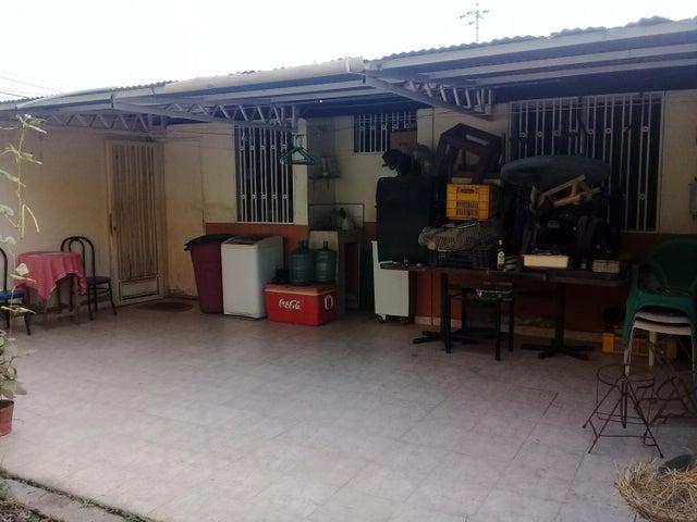 Casa Lara>Cabudare>El Paraiso - Venta:8.500 Precio Referencial - codigo: 19-8970