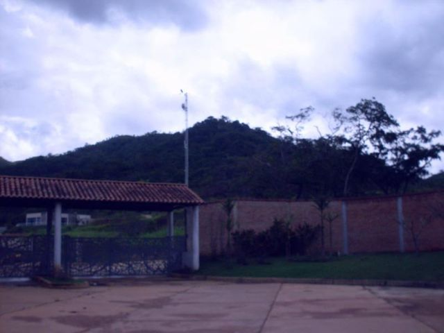 Casa Carabobo>Valencia>Safari Country Club - Venta:90.000 Precio Referencial - codigo: 19-14598