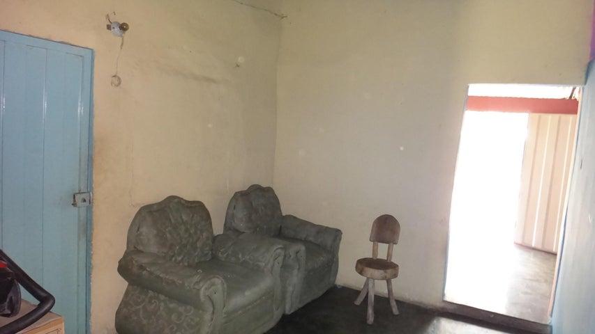 Casa Lara>Cabudare>Parroquia Jose Gregorio - Venta:7.000 Precio Referencial - codigo: 19-9031