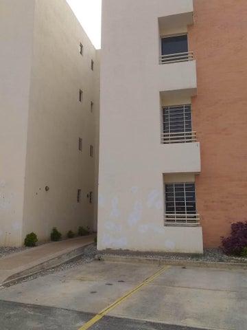 Apartamento Lara>Cabudare>Parroquia Cabudare - Venta:16.000 Precio Referencial - codigo: 19-8981