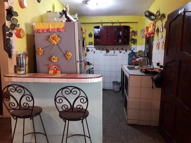 Casa Zulia>Municipio San Francisco>San Francisco - Venta:9.000 Precio Referencial - codigo: 19-6158