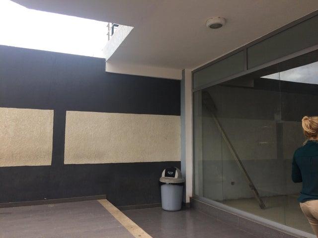 Local Comercial Falcon>Punto Fijo>Puerta Maraven - Venta:27.000 Precio Referencial - codigo: 19-9024