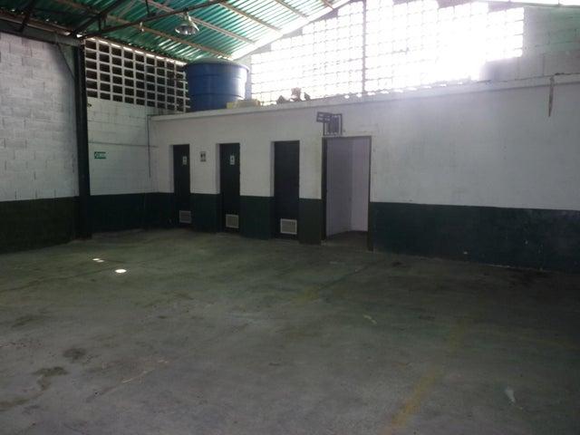Galpon - Deposito Aragua>Maracay>Zona Centro - Venta:99.000 Precio Referencial - codigo: 19-8994