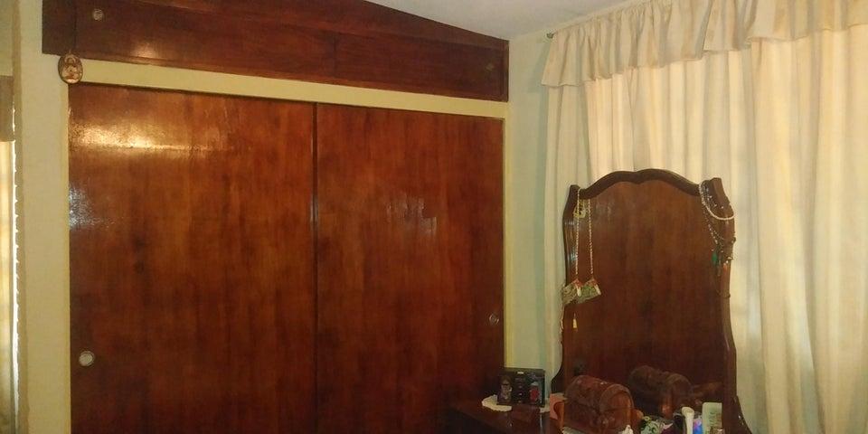 Casa Lara>Cabudare>Chucho Briceno - Venta:23.500 Precio Referencial - codigo: 19-9039