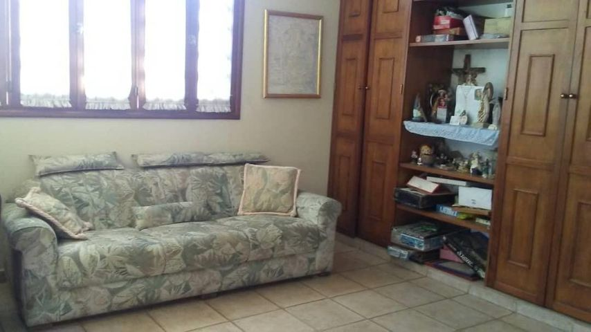 Casa Lara>Barquisimeto>Via el Ujano - Venta:130.000 Precio Referencial - codigo: 19-9047