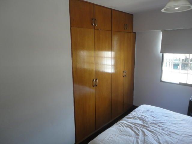 Apartamento Distrito Metropolitano>Caracas>Colinas de Los Chaguaramos - Venta:55.000 Precio Referencial - codigo: 19-9058