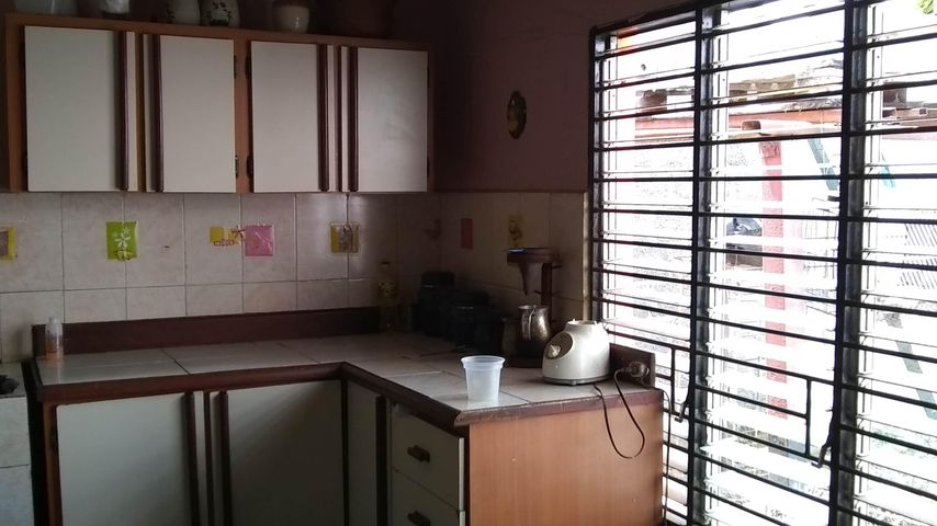 Casa Lara>Barquisimeto>Parroquia Juan de Villegas - Venta:6.000 Precio Referencial - codigo: 19-9067