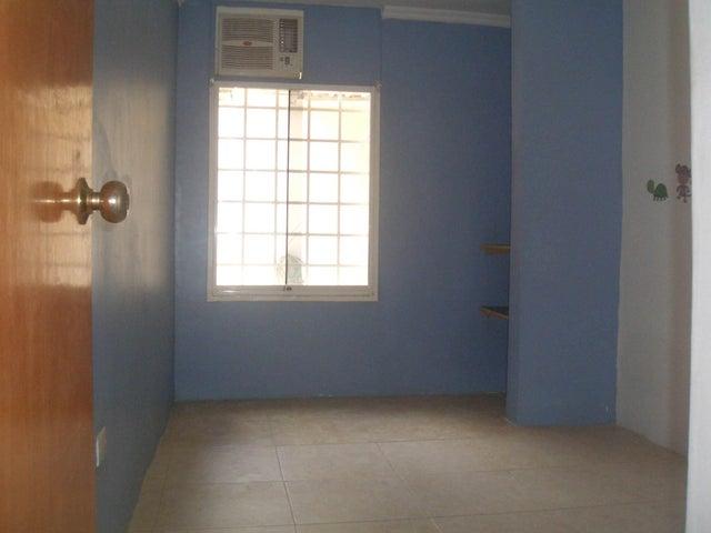 Apartamento Aragua>Cagua>Corinsa - Venta:17.000 Precio Referencial - codigo: 19-9467