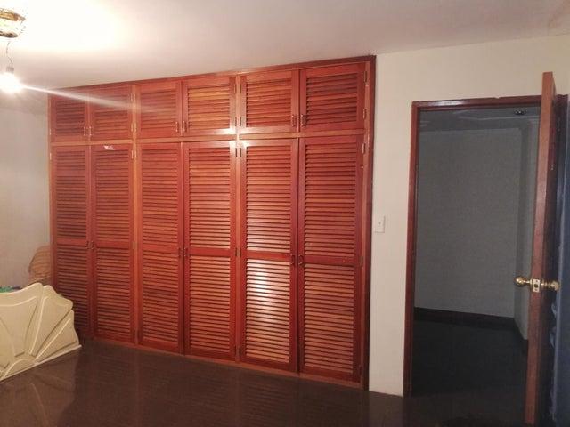 Apartamento Zulia>Ciudad Ojeda>Plaza Alonso - Alquiler:150 Precio Referencial - codigo: 19-9045