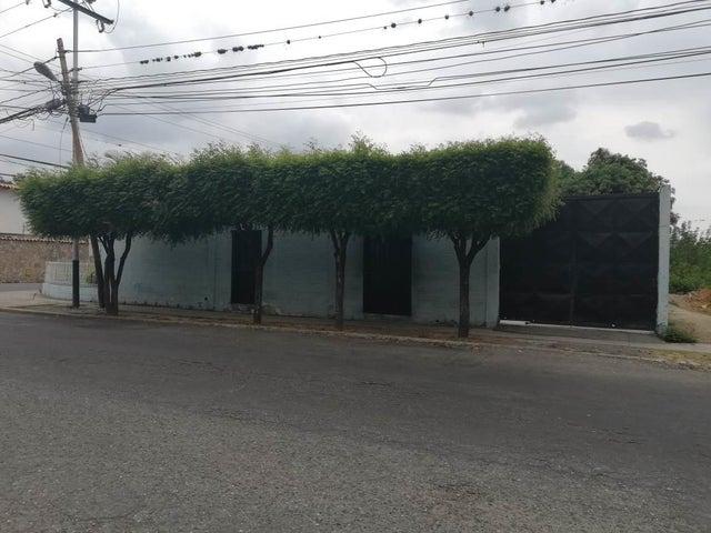 Casa Lara>Barquisimeto>Patarata - Venta:22.000 Precio Referencial - codigo: 19-9534