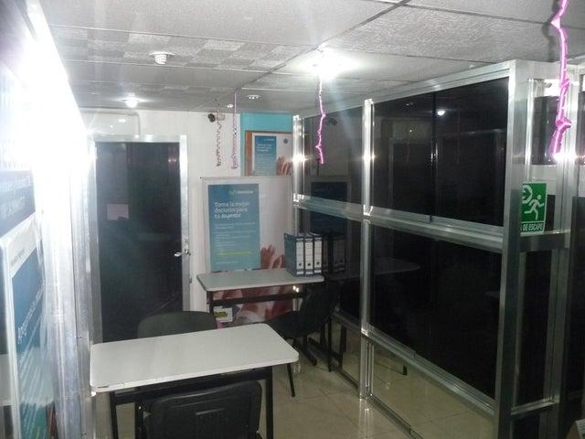 Local Comercial Aragua>Maracay>Zona Centro - Venta:9.000 Precio Referencial - codigo: 19-9098