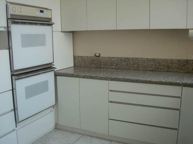 Apartamento Distrito Metropolitano>Caracas>Los Chorros - Venta:298.000 Precio Referencial - codigo: 19-9097