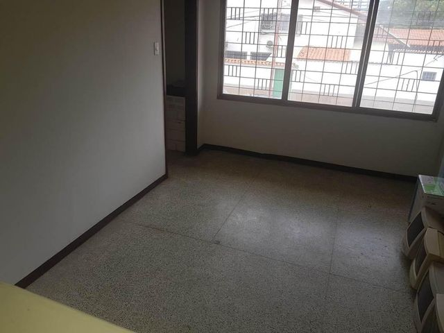 Casa Vargas>Parroquia Caraballeda>Caribe - Venta:195.000 Precio Referencial - codigo: 19-9132