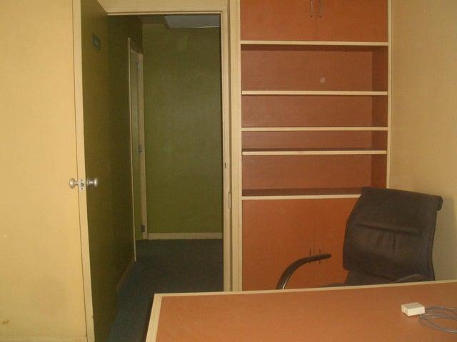 Consultorio Medico  Aragua>Maracay>Avenida 19 de Abril - Venta:20.000 Precio Referencial - codigo: 19-9108