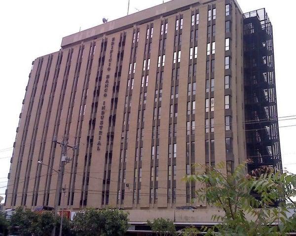 Oficina Zulia>Maracaibo>5 de Julio - Alquiler:1.300 Precio Referencial - codigo: 19-9148