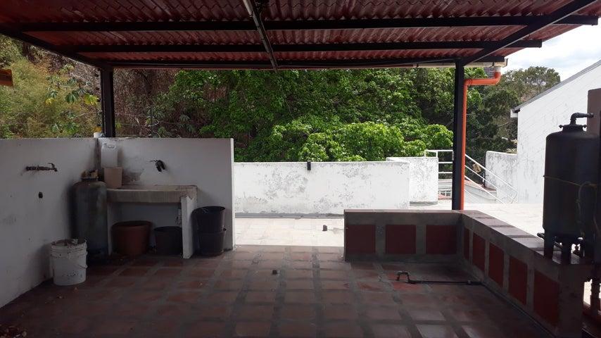 Casa Distrito Metropolitano>Caracas>Santa Ines - Venta:145.000 Precio Referencial - codigo: 19-9194