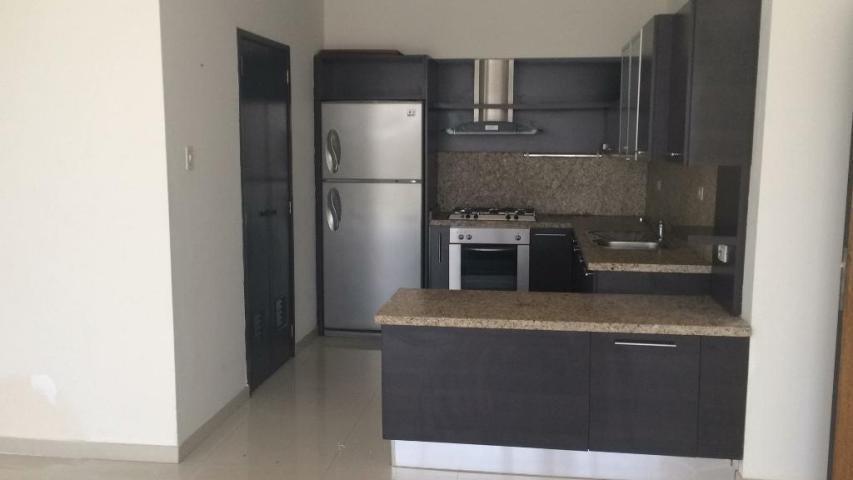 Apartamento Zulia>Maracaibo>Avenida El Milagro - Venta:55.000 Precio Referencial - codigo: 19-9200