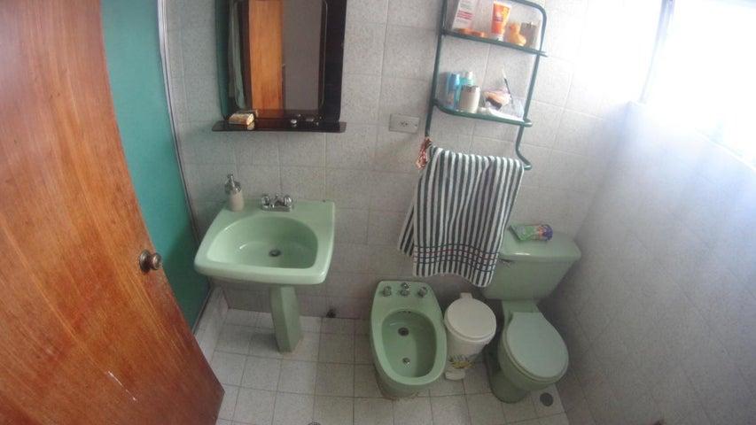 Casa Distrito Metropolitano>Caracas>Caurimare - Venta:350.000 Precio Referencial - codigo: 19-9217