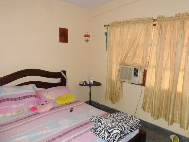 Apartamento Carabobo>Valencia>Trigal Norte - Venta:31.000 Precio Referencial - codigo: 19-9371