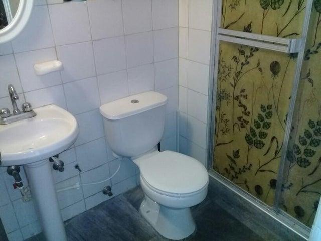 Apartamento Lara>Cabudare>La Mora - Venta:13.500 Precio Referencial - codigo: 19-9257