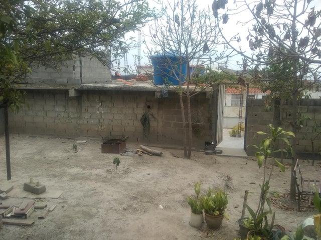 Casa Lara>Cabudare>El Amanecer - Venta:15.000 Precio Referencial - codigo: 19-9333