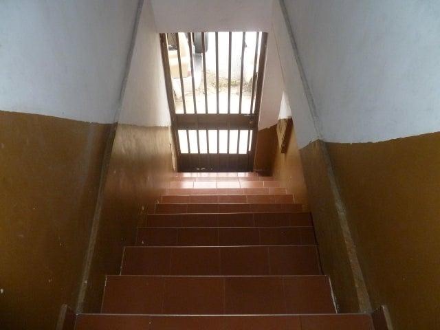 Casa Carabobo>Municipio San Diego>Monteserino - Venta:28.000 Precio Referencial - codigo: 19-9316