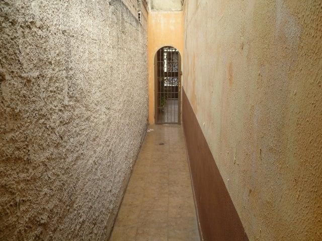 Casa Carabobo>Municipio San Diego>Monteserino - Venta:26.900 Precio Referencial - codigo: 19-9316