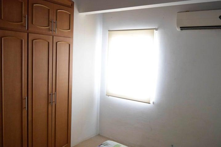 Casa Lara>Cabudare>Parroquia Cabudare - Venta:45.000 Precio Referencial - codigo: 19-9360