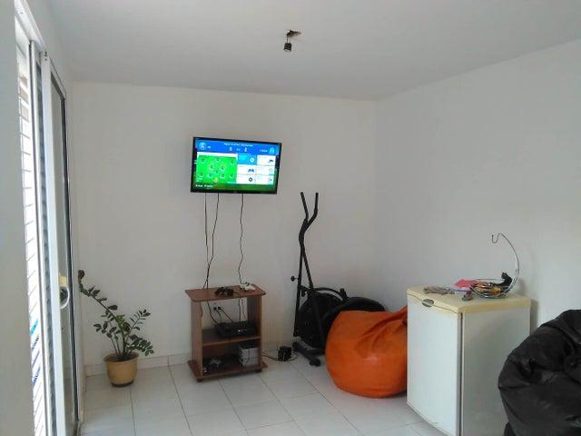 Casa Lara>Cabudare>Parroquia Jose Gregorio - Venta:23.500 Precio Referencial - codigo: 19-9396