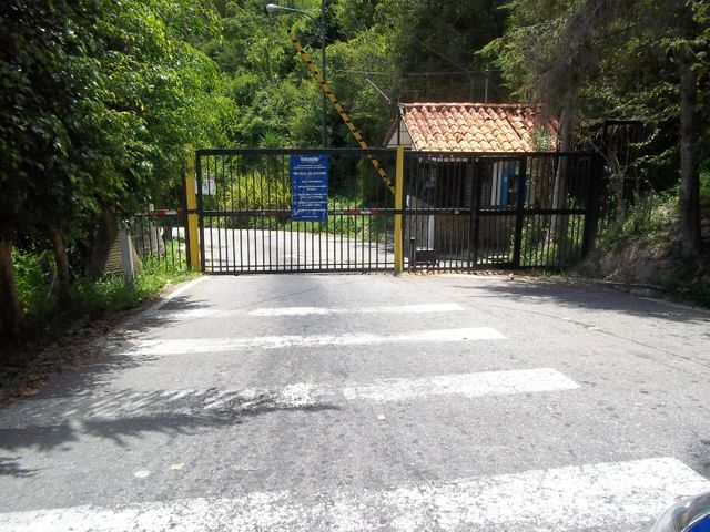 Terreno Miranda>San Antonio de los Altos>La Peña - Venta:6.000 Precio Referencial - codigo: 19-9413