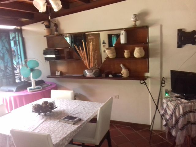 Casa Lara>Cabudare>La Mora - Venta:18.000 Precio Referencial - codigo: 19-9424