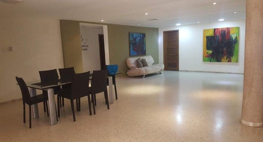 Casa Zulia>Ciudad Ojeda>Tamare - Alquiler:300 Precio Referencial - codigo: 19-9469